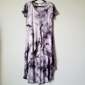 NWOT Hi-low tie dye flowy shirt MED